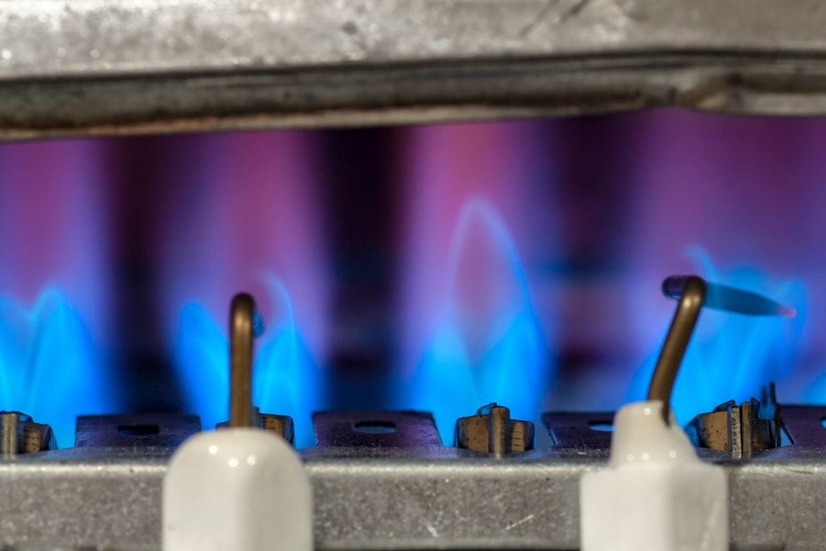Do Propane Heaters Affect Deer Hunting? Find Out Now